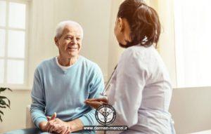 ویزیت پزشک در منزل درمان در منزل
