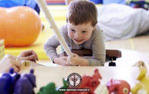 کاردرمانی کودکان در منزل